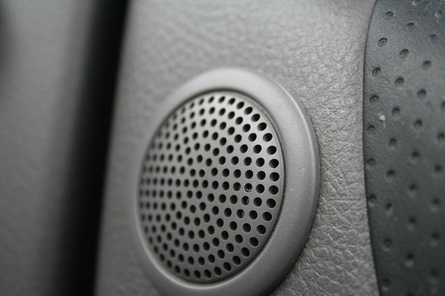 20130305-cheapspeaker